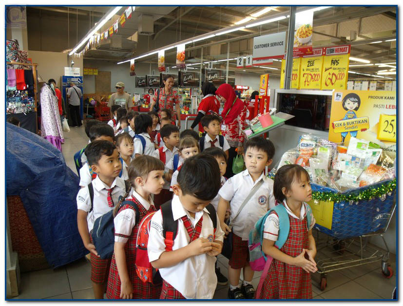 PreSchool Shopping Experience  - Image 1